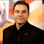 Mike Walliams swam across the English channel
